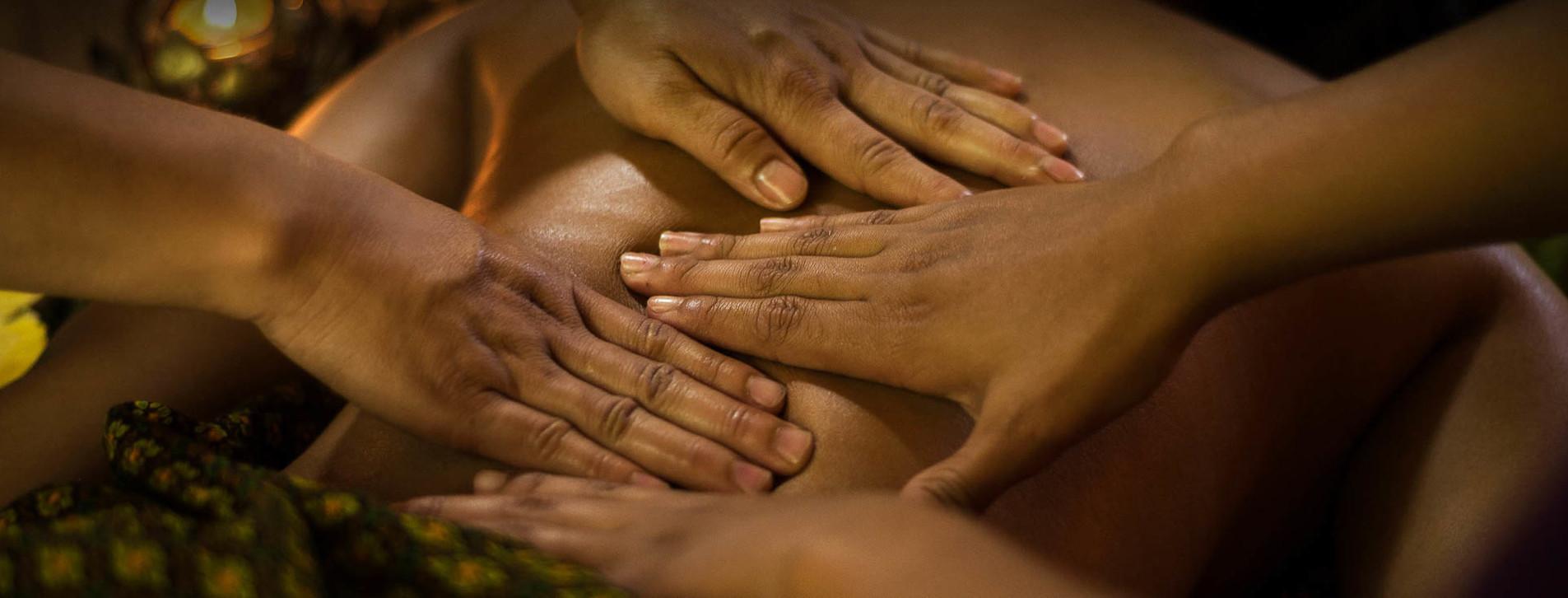 Фото - Масаж у чотири руки